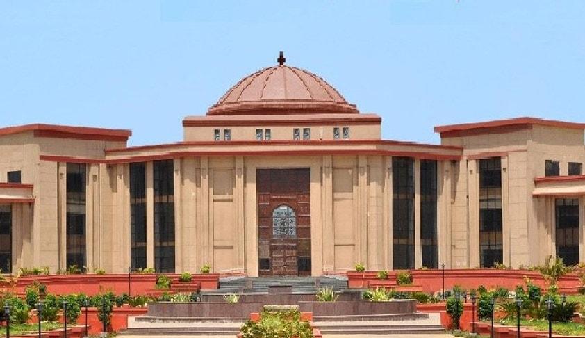 केवल जीवित हमवारिश की जीवित बेटी को पैतृक संपत्ति में हिस्सेदारी अधिकार है || Under Section 6 of Hindu Succession Act 1956